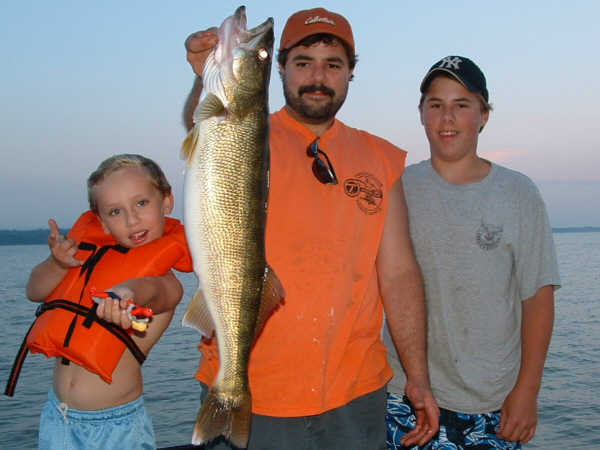 Lake Erie's Trophy Walleye Fishing